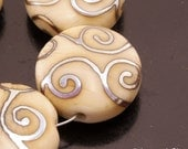 Handmade Lampwork Beads Metallic Scrolls Ivory Crackle Cream Lentil Bead Set Heather Behrendt BHV SRA LETeam
