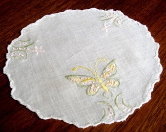 Vintage Embroidered Butterfly Linen, Small Round Embroidered Doily with Scalloped Edge and Butterflies, White Pink Yellow Green