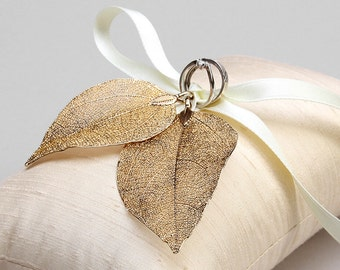 Rustic ring pillow, gold ring pillow, ivory ringpillow, wedding ring bearer - Real leaves