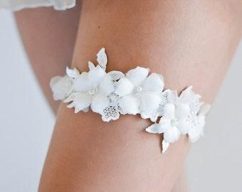 LUCA | lace wedding garter, ivory bridal garter, custom bridal garter