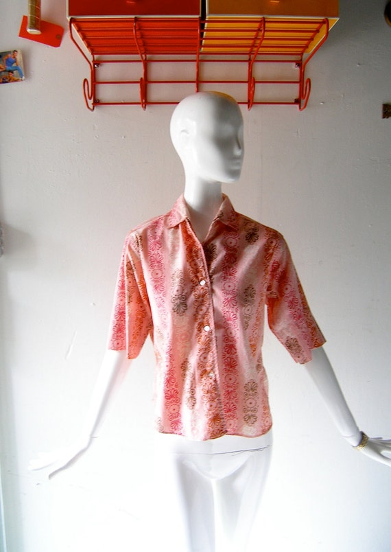 60s pink womens cotton button down oxford shirt - 1960s Mad Men weekend chic - Wash and Wear - Nantucket chic
