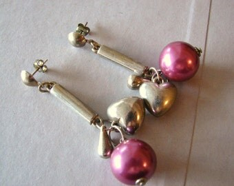Vintage Dangling silver and purple heart/ bauble earrings (C13)