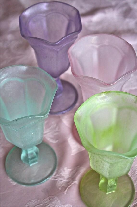 sundae glasses ice cream sundae by marionsvintagebakery on etsy. Black Bedroom Furniture Sets. Home Design Ideas