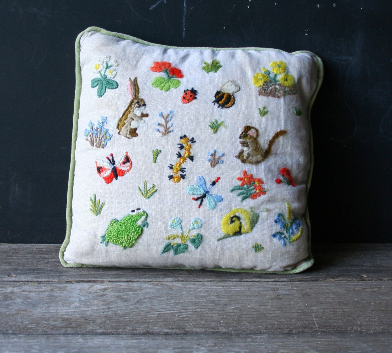 Vintage embroidered decorative pillow spring animals rabbit