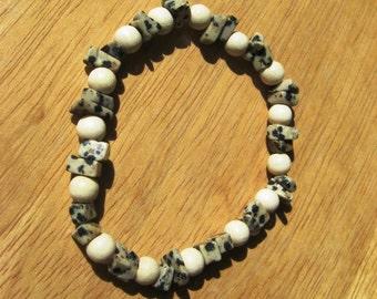 Bracelet Dalmatian Jasper Gemstones and White Wood Beads on Elastic Cord 7 Inches