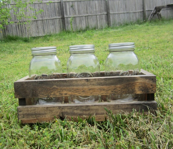 Wood crate centerpieces country by countrybythebumpkins
