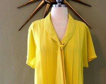 Limoncello Pussybow Blouse