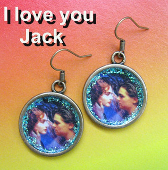 Titanic RETRO altered art dangle earrings vintage style new design Jack and Rose collectible collector jewelry aretes