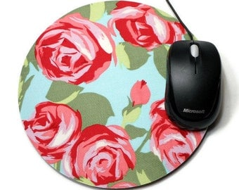 Floral mousepad / Round Mouse Pad / Mat - Tumble Roses vintage inspired flowers