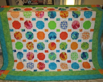 Snowball Quilt, Patchwork Quilt, Queen Size Quilt NEW SALE PRICE