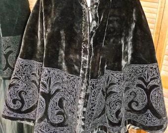 1890s Fabulous Antique Victorian Black Plush Velvet Wide Circle Cape Soutache Braiding & Beading