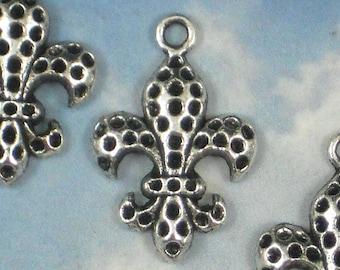 12 Textured Fleur de Lis Pendants Silver Charms NOLA Fluer FDL Ragin Cajuns (P951)