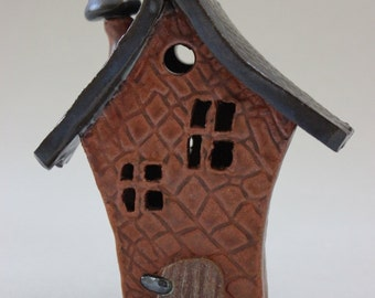 Whimsical Ceramic House Item 1196