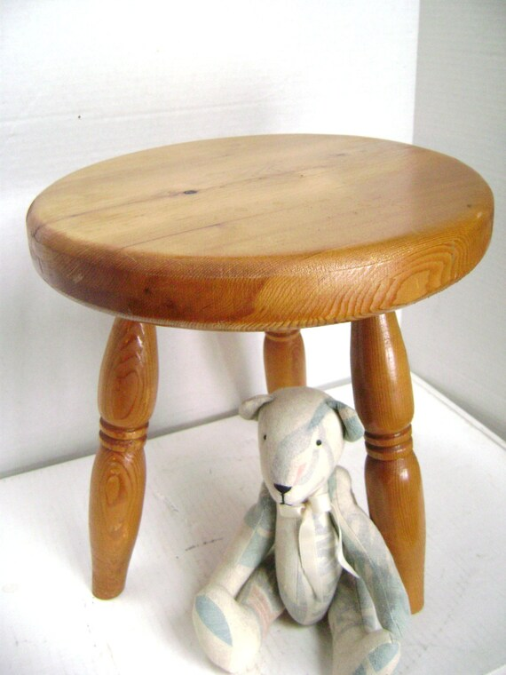 Vintage Wooden Stool Primitive Milking Stool 3 By Junquegypsy