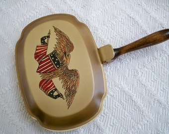 Vintage Collectible Tobacciana Hand Painted American Eagle  Silent Butler 1960's Smoking Accessory