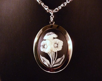 Necklace, Black & White, Flowers, Sterling   4189