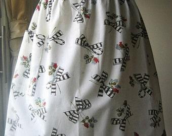 APRON Kitchen Pinafore Retro Cook Chef Skirt Cover Vintage Cotton Print White Black Red Bows