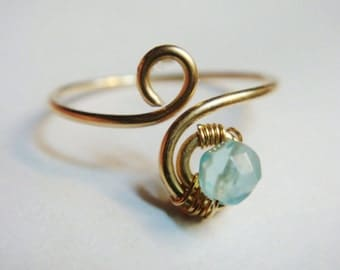 Blue Topaz  Ring    Blue Topaz Gemstone   December Birthstone   14K Solid Gold Blue Topaz Ring    Solid Gold Ring
