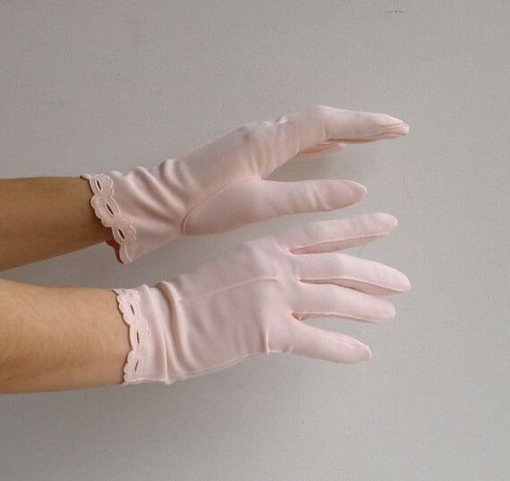 Vtg 50s Pale Pink Wrist Length Gloves Ladies Wedding Sz Small