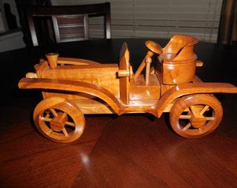 Wood Car CLASSIC VINTAGE CAR Toy Model