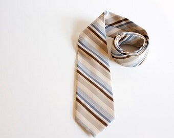 Vintage 1950s necktie by Etienne Aigner - striped ivory white blue brown