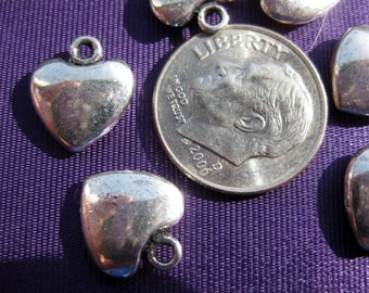 Heart Charm Tibetan Silver jewelry supply 5 pieces