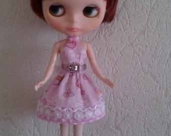 Sew a dress for  Blythe