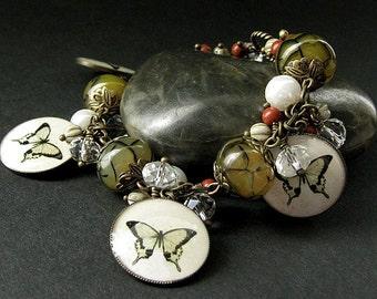 Olive Green Butterfly Bracelet. Gemstone Bracelet. Butterfly Charm Bracelet in Agate and Pearl. Handmade Jewelry.