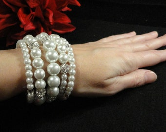 White Pearl Bangle Bracelet, Rhinestones, Multi-sized Pearls, Five Bands Memory Wire