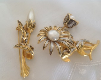 Beautiful Vintage Damascene Brooches ~  Floral Faux Pearls ~ Old pins or Brooches~ Ladies Jewelry ~ Gift for Her