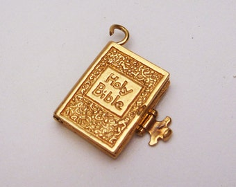 14k Holy Bible Movable Charm