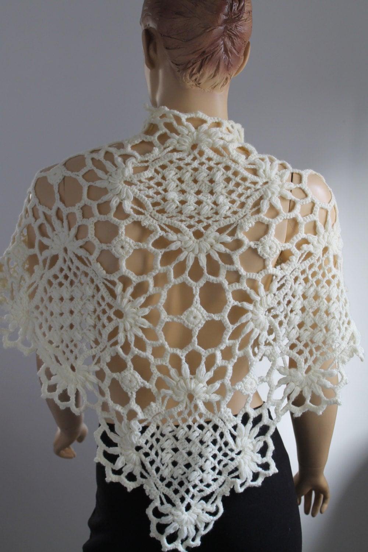 Crochet Lace Wedding Shawl Pattern : Sale 30%off Cream Crochet Lace Wedding Shawl Capelet Shrug