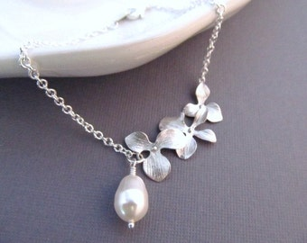Bridesmaid Bracelet, Silver Orchid Flowers with Teardrop Pearl, Wedding Jewelry, Bridesmaid Gift, Custom Color Pearl
