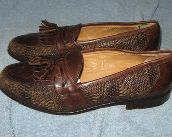 Vintage Johnston Murphy Italy brown leather tassel loafers shoes sz 9 1/2
