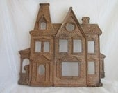 1981 Syroco Victorian House Photo Frame Wall Collage