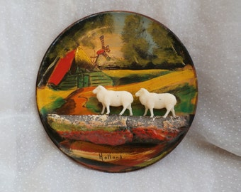 Kitschy European Souvenir Plate Holland with Plastic Sheep Scenic Plate Plaque with Removable Sheep