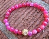 Fuschia Dragon Veined Agate Stretch Stacking Bracelet With A GoldSwarovski Crystal Focal Bead