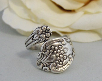 Rosey Spoon,Rose Ring,Rose Spoon Ring,Ring,Finger Ring,Spoon Ring,Silver Spoon ring,Flower Ring,Floral Ring,Pretty Ring,Wedding Ring,valley