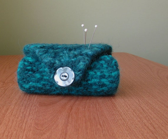 Wool Felt Needle Case In Teal With Vintage Button // By