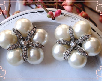 4 pcs - 33mm Puff Flower Rhinestone Pearl Buttons with Shank on the back - wedding / hair / Flower Center / garment accessories