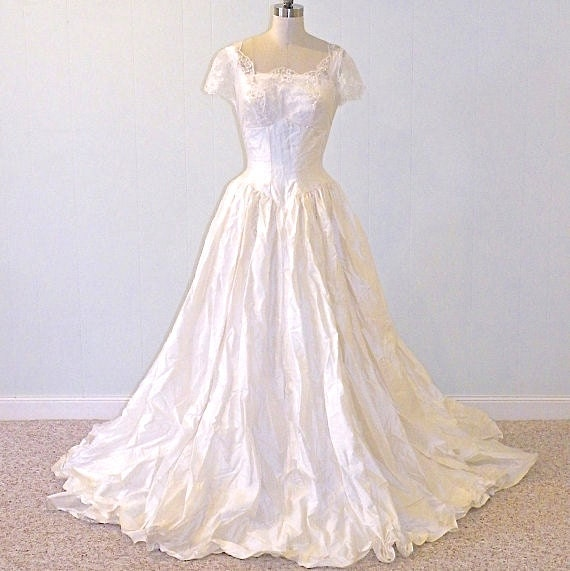vintage 50s wedding dress 1950s wedding gown ivory silk