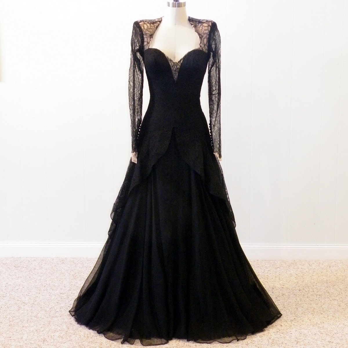1940s Dressing Gown: 1940s Evening Gown 40s Black Lace Silk Designer Dress