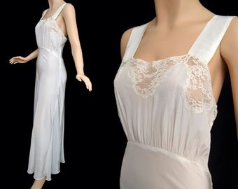 Vintage 30s 40s Ivory Nightgown // 1940s Ivory Rayon Negligee with Lace Detail // Wedding Night