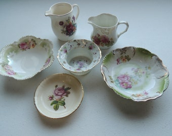 lot of 6 shabby chic,antique, vintage, pretty pocelain, cabbage roses, dainty floral designs, miniature small delicate bowls, creamers,