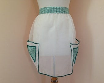 1950s Sheer White Green Floral Gingham Vintage Apron