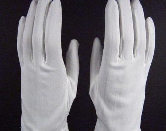 6-6-1/2-Vintage White dress/church gloves w/pearl bead - 8 inches long(94g)