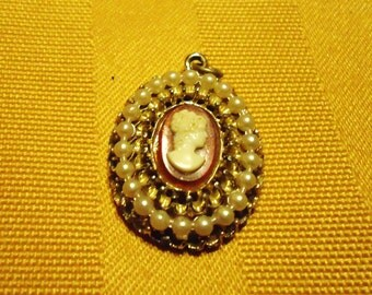 Vintage Cameo and Pearl Pendant