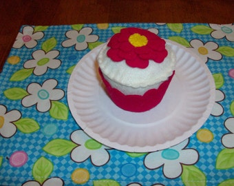 Felt Food Cupcake, Vanilla with Red Flower and Wrapper