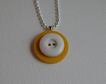 Sterling silver with yellow & white vintage buttons, pendant necklace, 18""