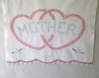 Vintage Dresser Scarf, Guest Towel, Mother's Day, Embroidered,